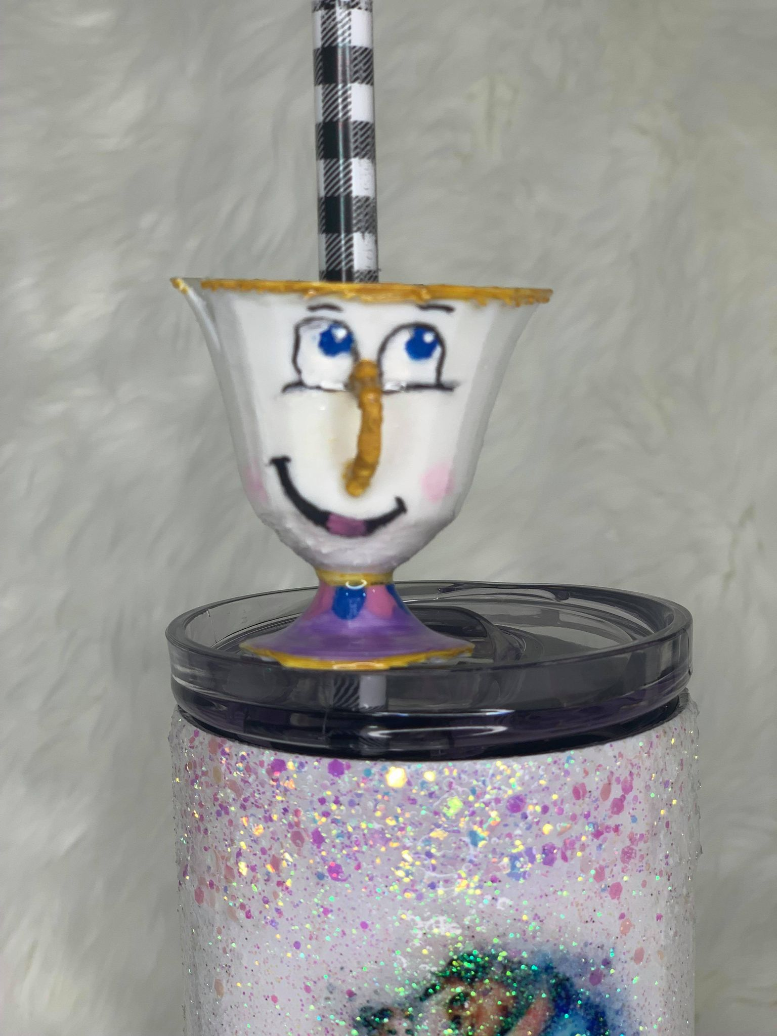 Chip Teacup Straw Topper