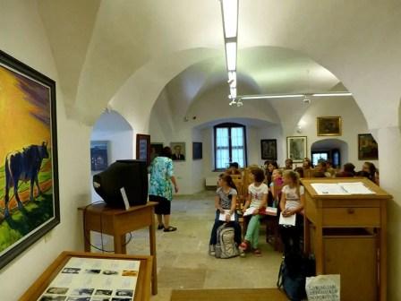 Aufmerksame Zuhörer in der Bildergalerie