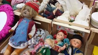 Elbeflohmarkt Dresden Puppen