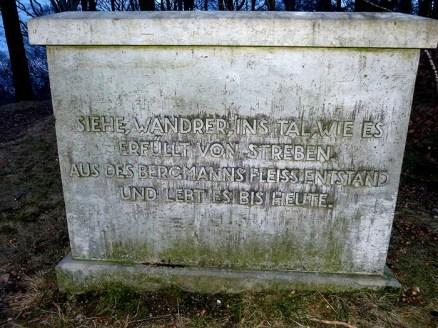 Inschrift am Windbergdenkmal Freital