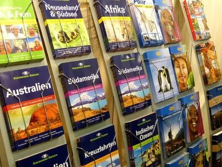 Broschüren zum Reisen
