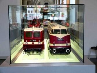 Ausstellung Züge