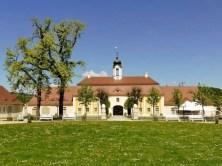 Schloss Rammenau mit Turm und Wetterfahne