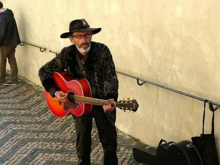 Straßenmusiker Gitarre