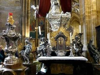 Altar Kerzen Figuren