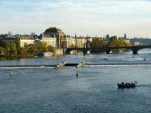 Wasser Fluss Boote Moldau Brücke