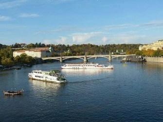 Fähre Moldau Brücke