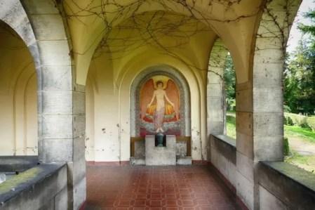 Wandbild Engel Urnenhain Tolkewitz Krematorium