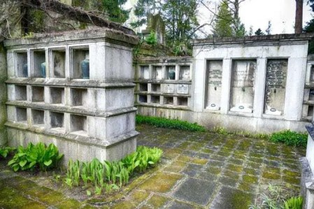 Urnenfächer Urnenhain Tolkewitz Krematorium