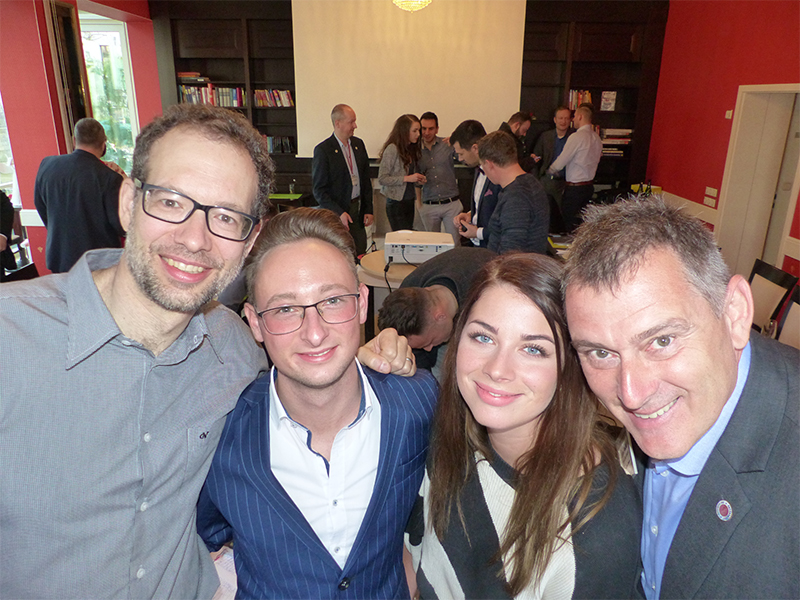 Neu: Motiviertes Chapter #hildegard. v. l. n. r. das Führungsteam Urs Droeger, Marcel Löffler, Laura Marie Listemann und BNI-Regionaldirektor Jens Fiedler