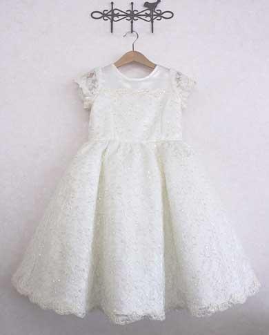 完成したガールズドレス