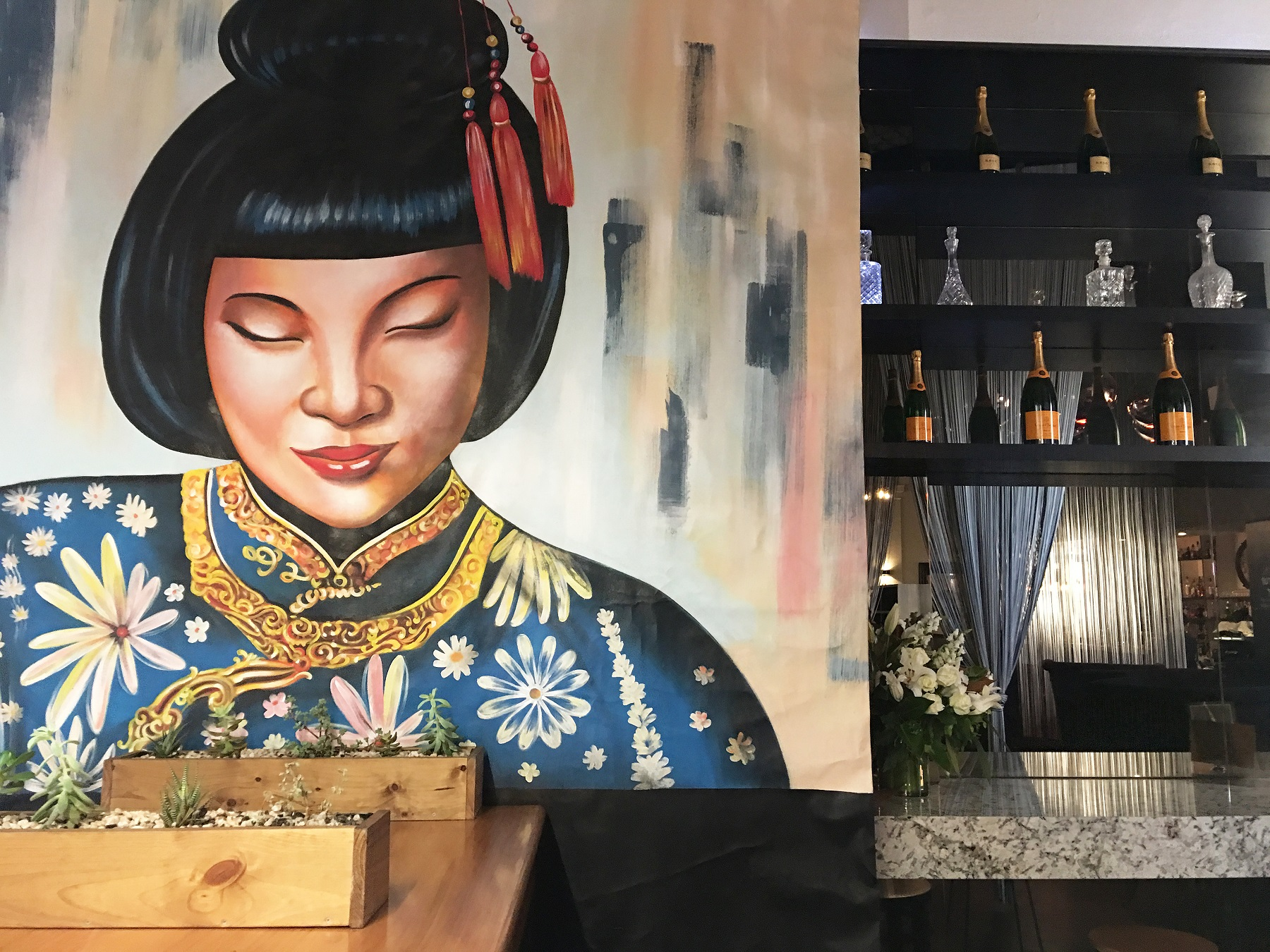 Taking over Lofts old space, Mrs Q is home to amazing Asian fare, a  cracking drinks menu and an interior that will sweep you off of your feet.