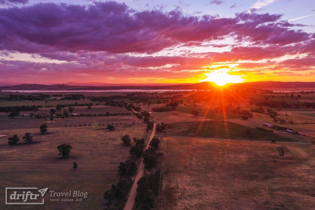 Sonnenuntergang im Bowna Reserve