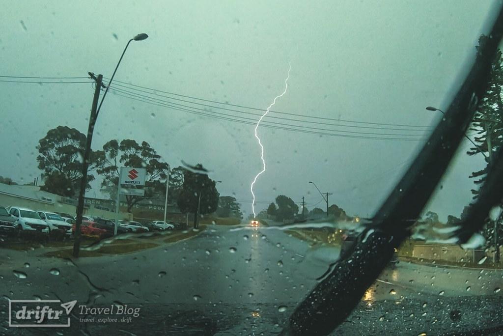 Gewitter und heftiger Regen in Eden