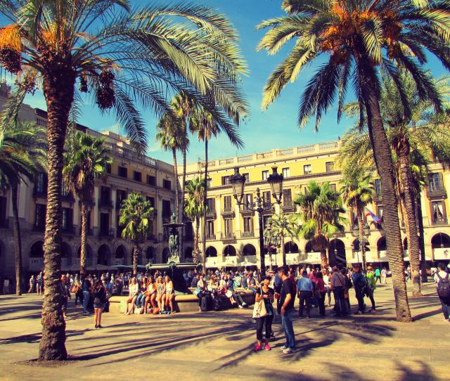 Placa Reial A Dreamlike Square Just Off Las Ramblas And Packed With Restaurants Bars  C B Barcelona Cathedral In The Gothcic Quarter