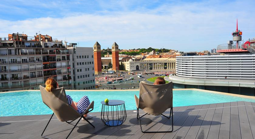 B-Hotel 3-Star rooftop pool Design hotel in Barcelona