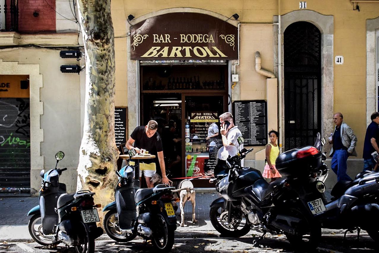 Best Restaurants and Tapas Bars in Sants, Barcelona
