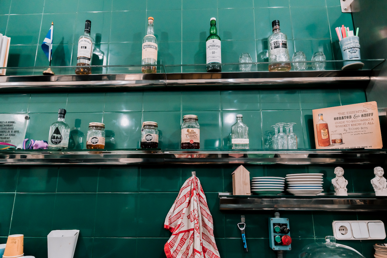 Where to drink moonshine in Gracia, Barcelona - The Pie Shoppe.