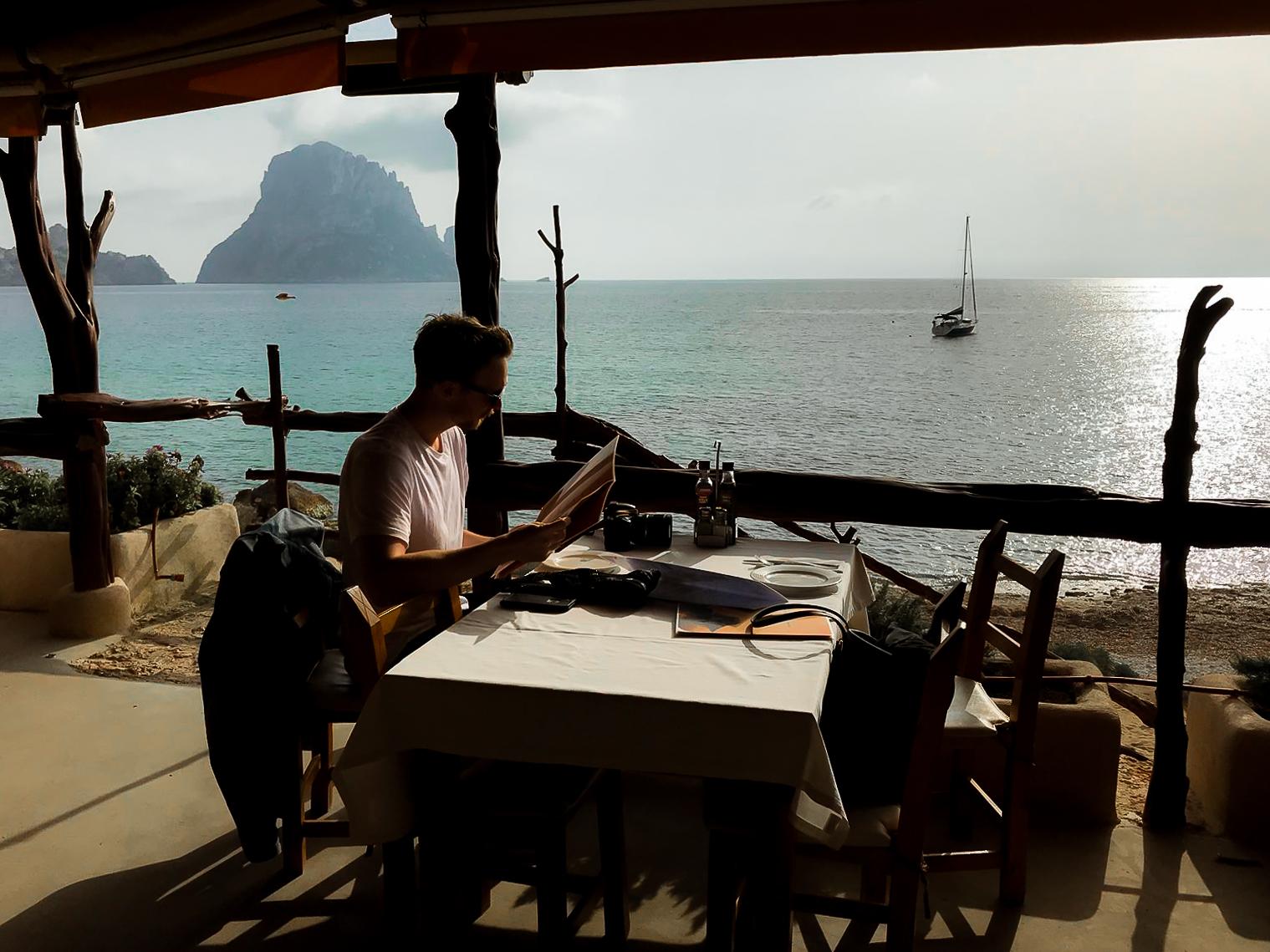 Paella at Restaurant el Carmen de Cala d'Hort, Ibiza - by Ben Holbrook