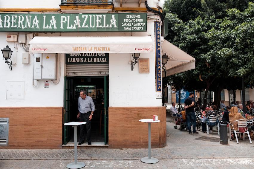 Taberna del Plazuela, Triana, Seville - by Ben Holbrook