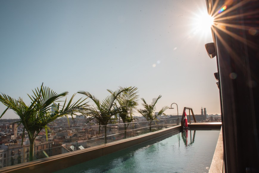 Rooftop Swimming Pool Edition Hotel, Born Barrio Barcelona (Spain) - by Ben Holbrook from DriftwoodJournals.com-26