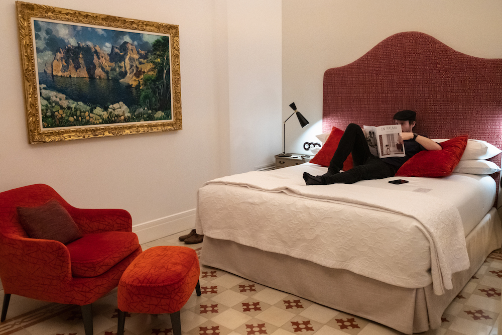 Gloria de Sant Jaume boutique hotel in Palma Mallorca Old Town - by Ben Holbrook from Driftwoodjournals.com