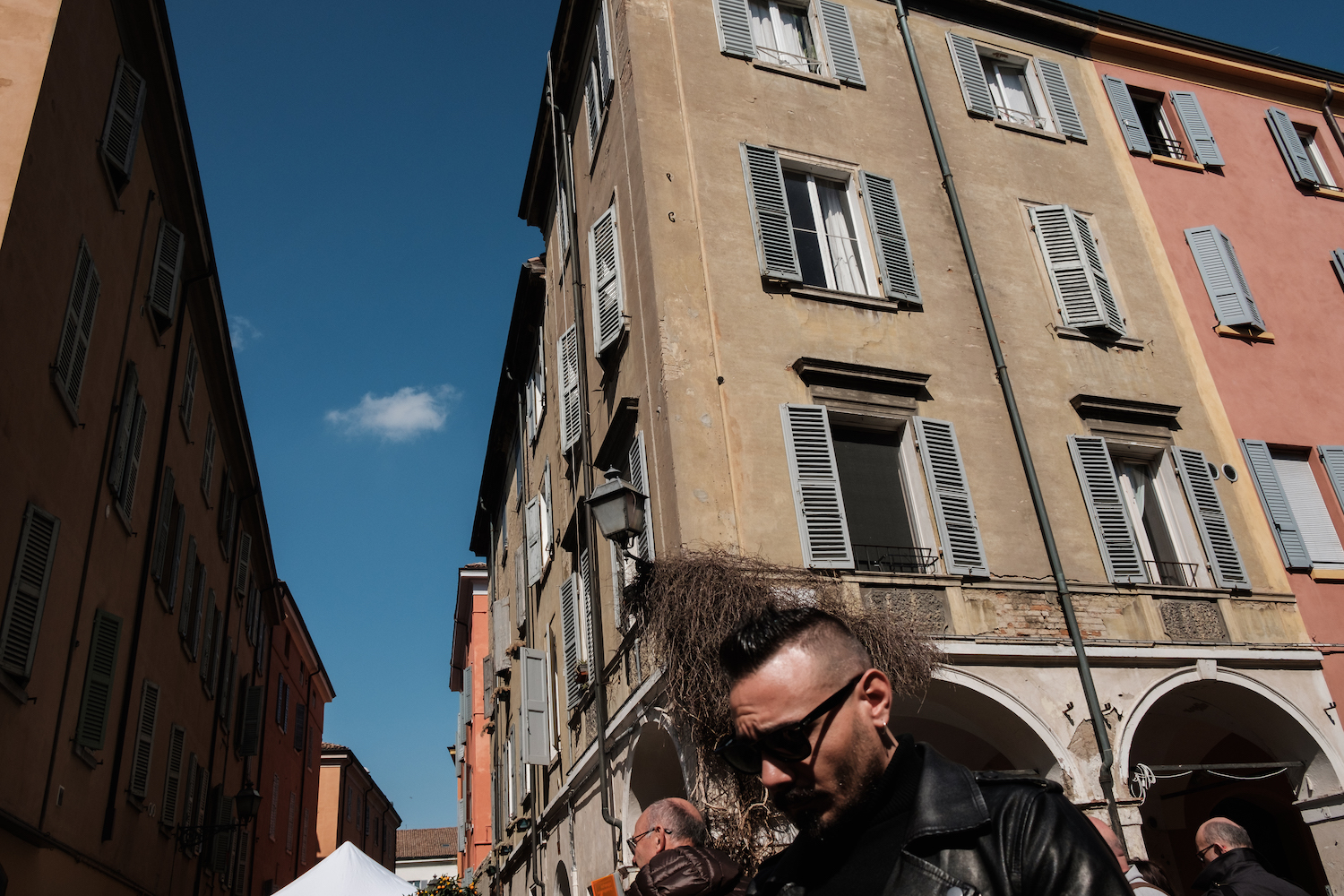 One Day in Modena - Travel and Street Photography by Ben Holbrook from DriftwoodJournals.com-5607