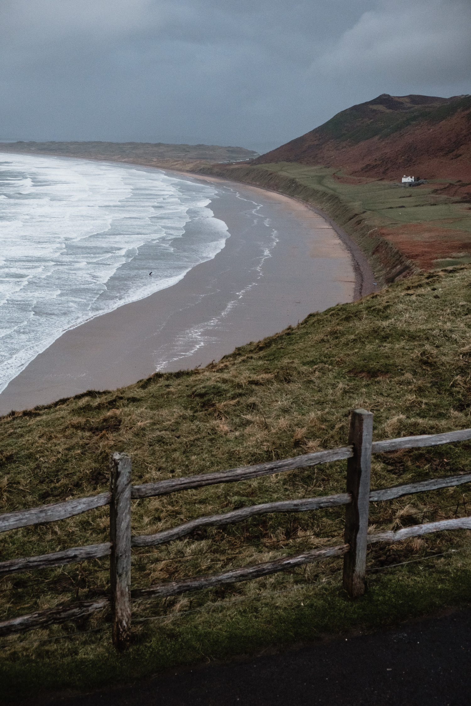 Rhossili Bay (Gower Peninsula, South Wales).