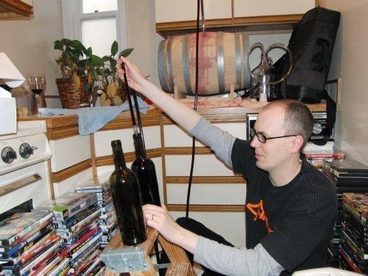 chris-null-bottles-his-wine