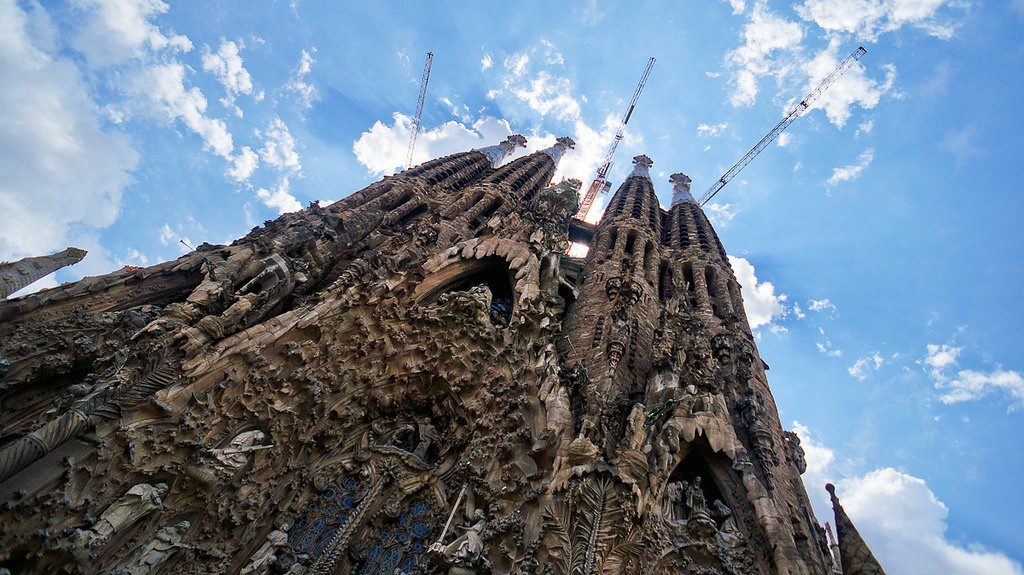 La Sagrada Familia. Photo by Antonio Tajuelo via Flickr CC