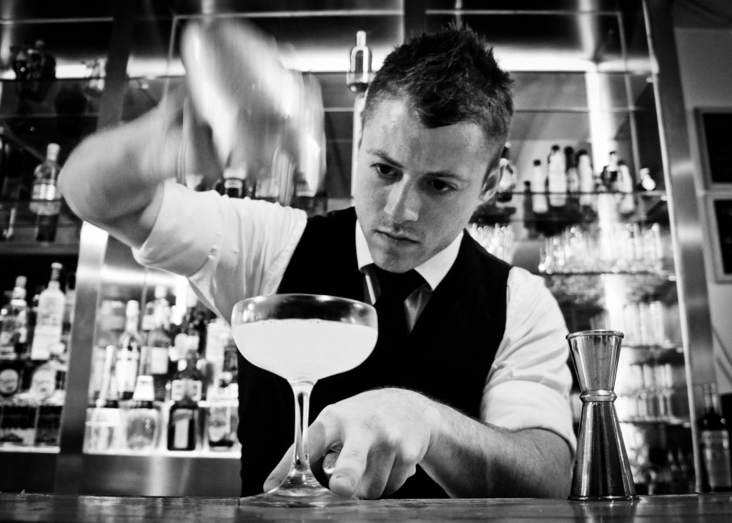 Work and Travel Abroad: Become a Cocktail Bartender