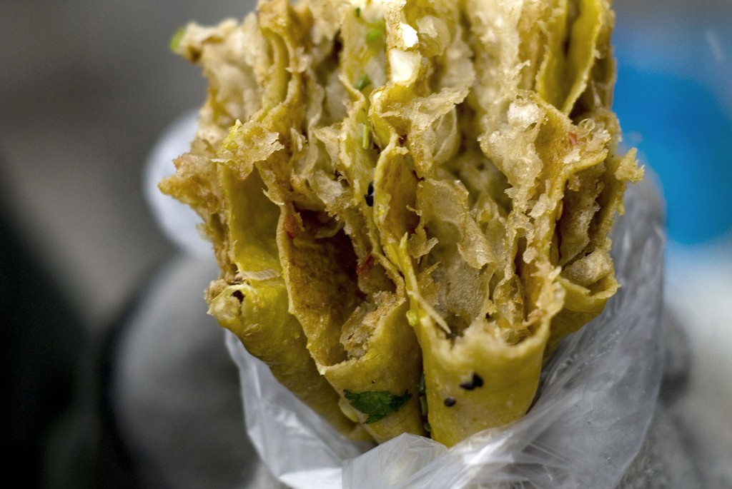 Jianbing from a street vendor in Beijing. Photo by Jen Leung via Flickr CC