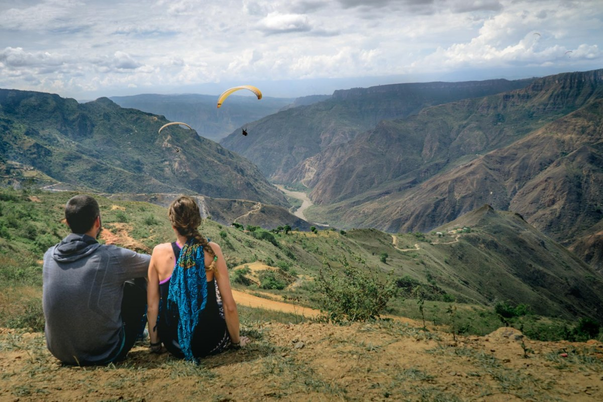 Travel in Colombia. Paragliding in San Gil