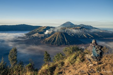 Max taking a photo of Mt Bromo. Indonesia