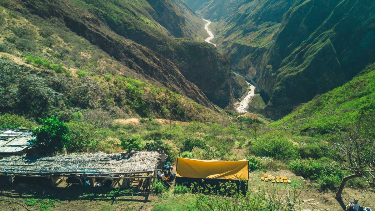 First lunch spot on the Choquequirao trail