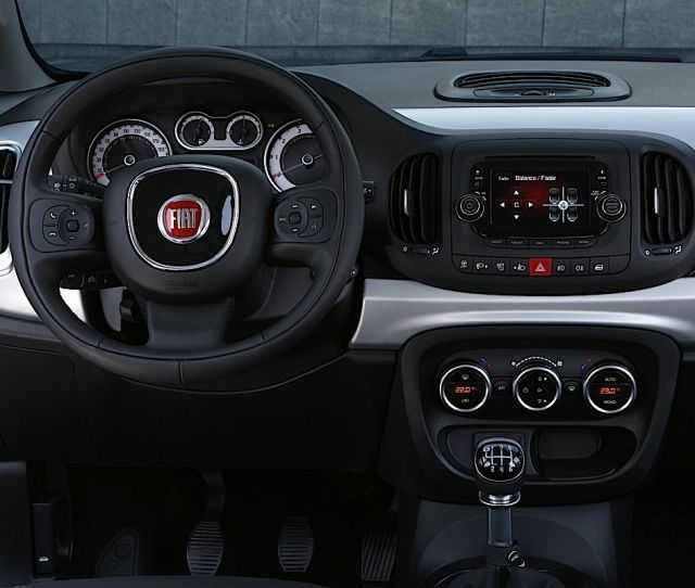 A Special Collaboration Between Fiat And Dr Dre The Premium Audio Brand Resulting In The Fiat L Beats Edition