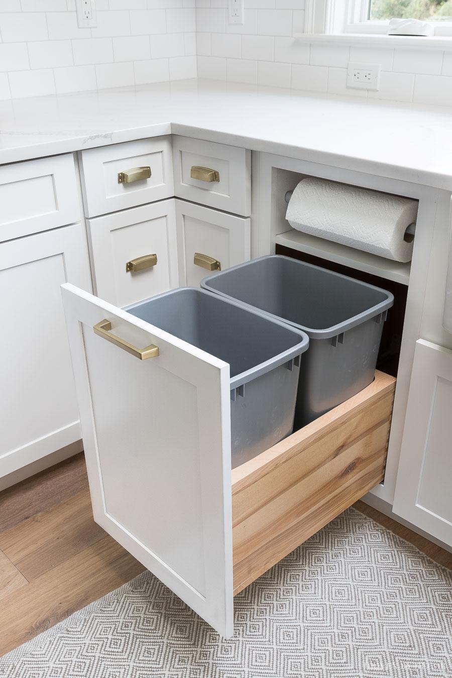 kitchen cabinet storage organization
