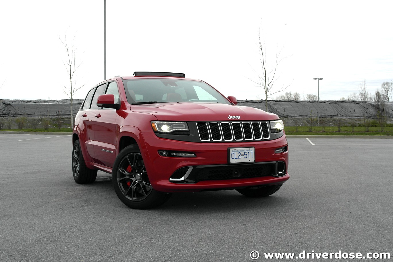 2016 jeep grand cherokee srt test drive review ratings specs driver dose. Black Bedroom Furniture Sets. Home Design Ideas