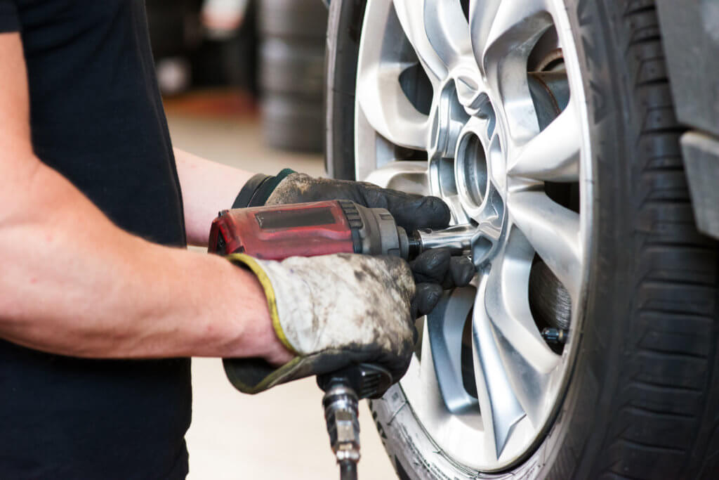Flat Tire Repair Near Me Open Now