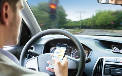 10 Terrifying Facts About Texting And Driving