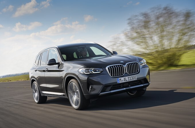 Find the best bmw for sale in pakistan. 2022 Bmw X3 Images Hd 2022 Bmw X3 Interior Exterior Photo Gallery Drivespark