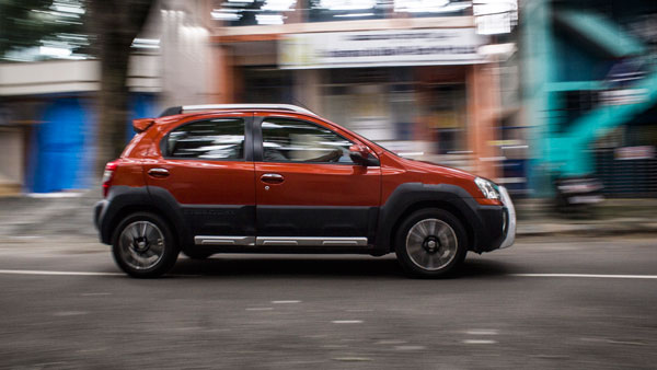 Travel Review Toyota Etios Cross A Crossover Drive To