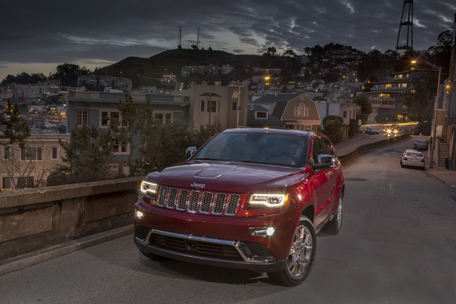 2014 Jeep Grand Cherokee Summit 02