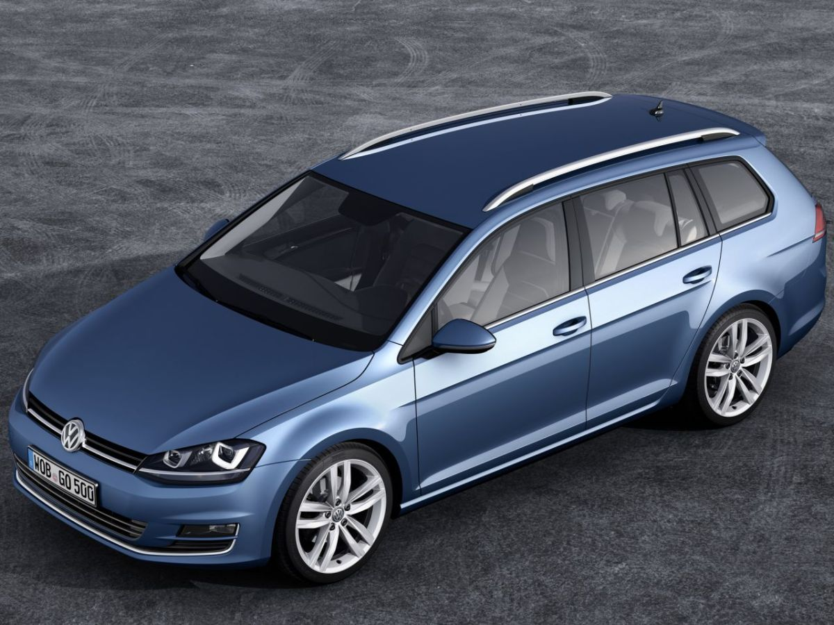 Volkswagen-Golf-Variant-BlueMotion 11