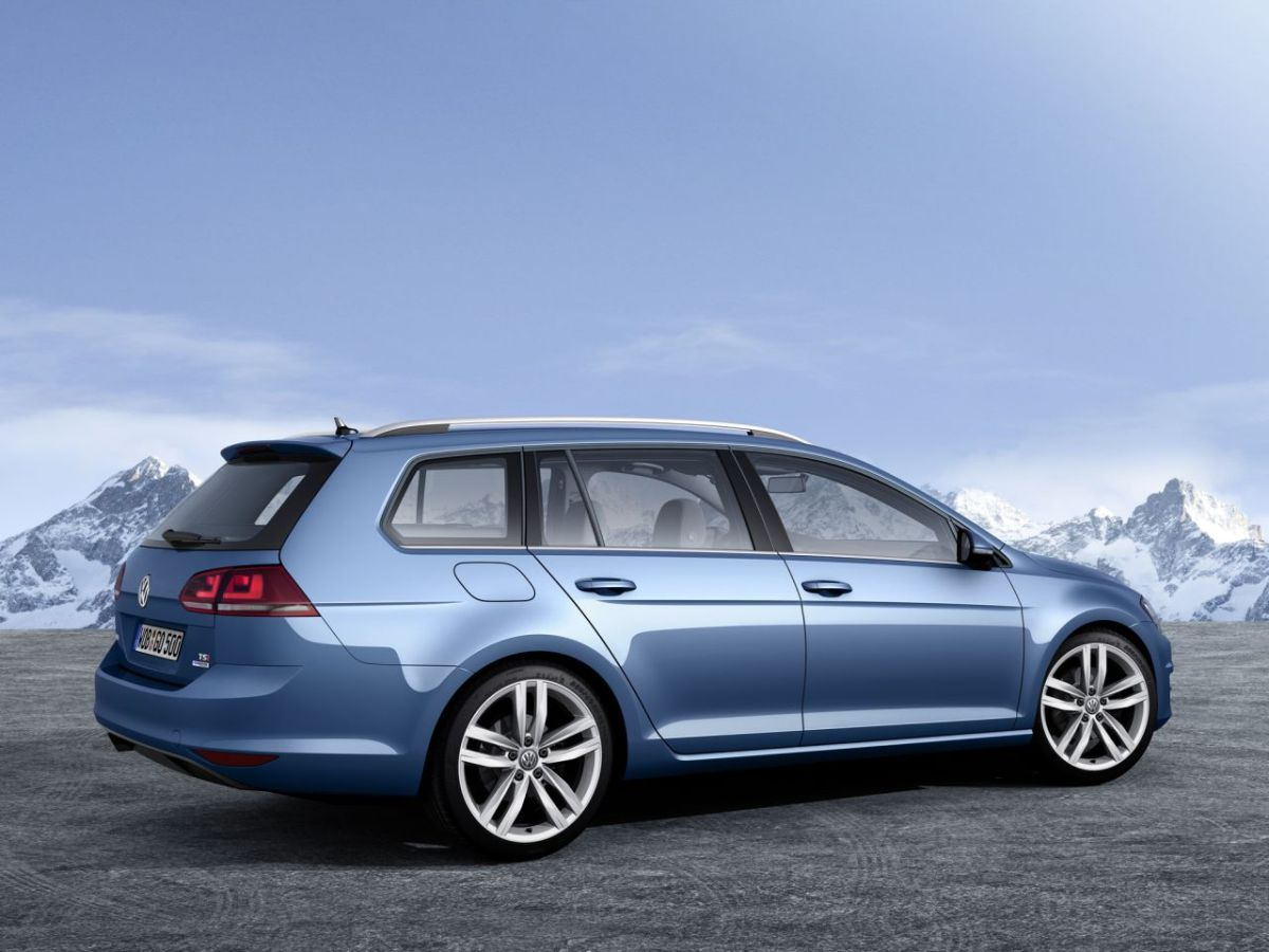 Volkswagen-Golf-Variant-BlueMotion 12