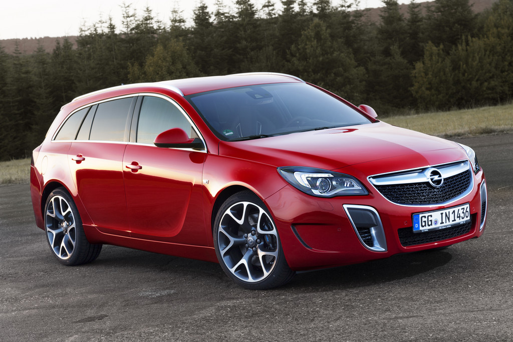 Opel Insignia OPC Sports Tourer Rood Brembo 2014 07