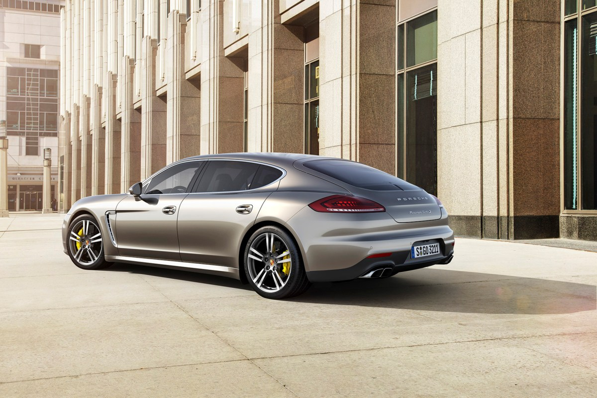 Porsche Panamera Turbo S brons beige Executive 2014 01