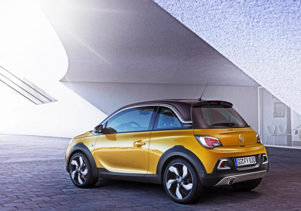 Opel Adam Rocks wit geel 2015 EDIT 1.0 Turbo 02