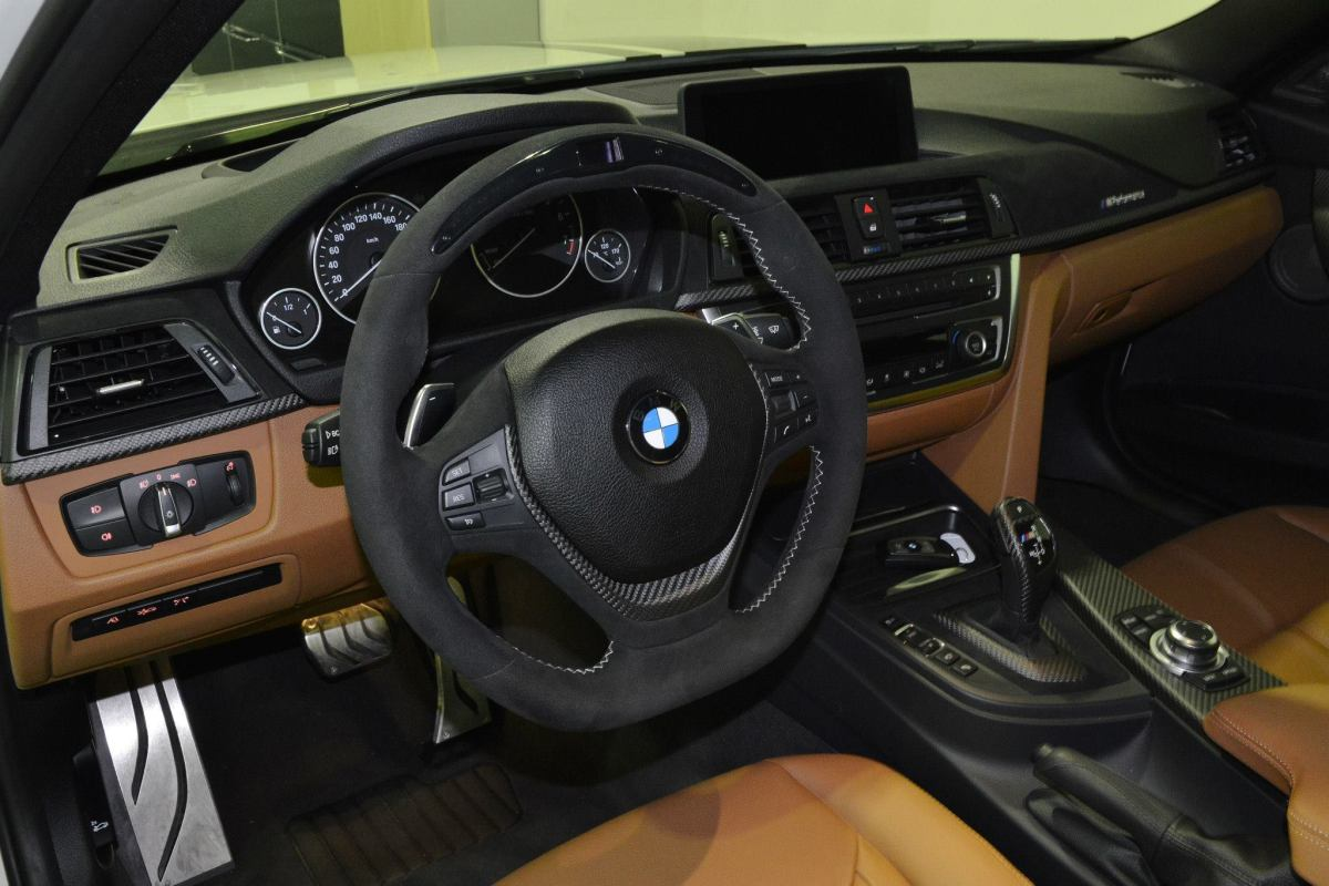 BMW 3-serie F30 335i M Performance kit Luxury Line wit 2014 07