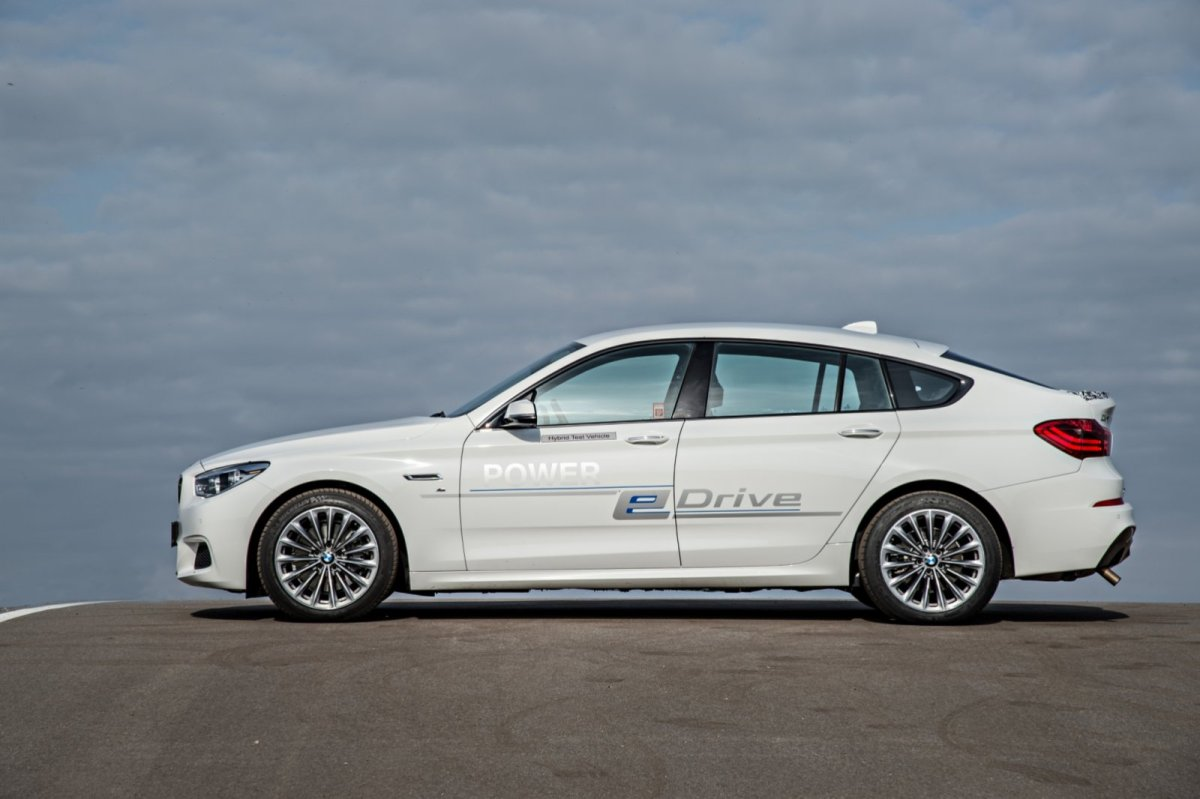 BMW 5-serie GT e-drive Hybride plug-in concept wit 2014 08